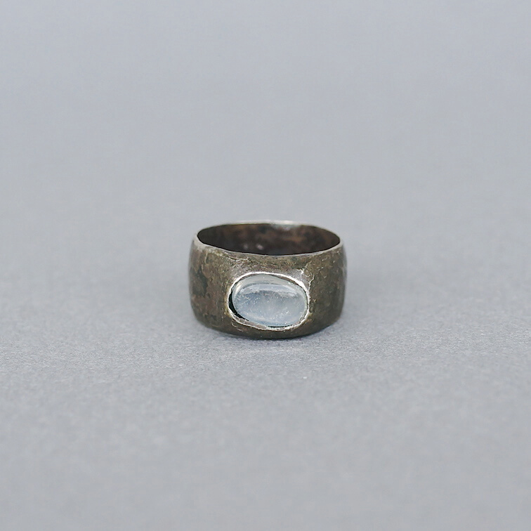 Melanie Decourcey/Silver Ring with Moonstone