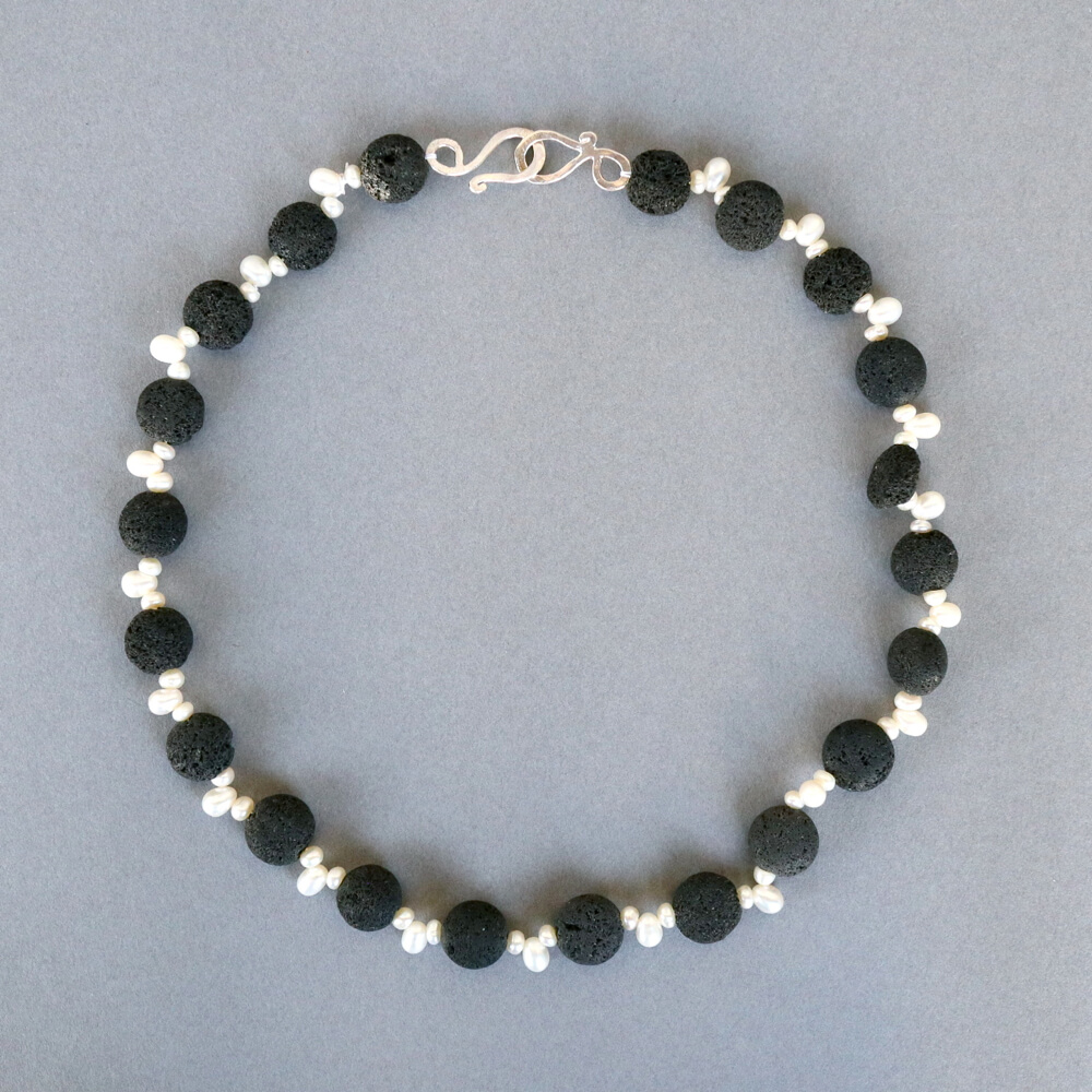 Melanie Decourcey/Beaded Necklace/Lava Stone Beads with Pearls