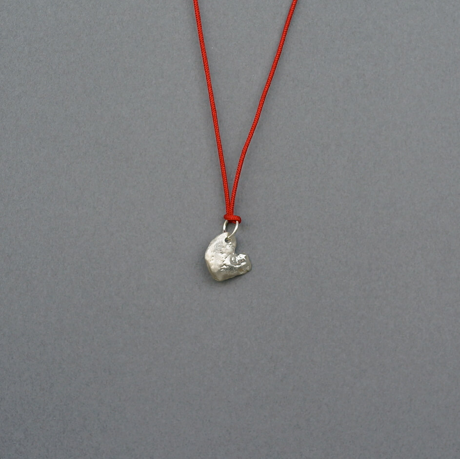 Melanie Decourcey/Pendant On String/Silver Small Heart
