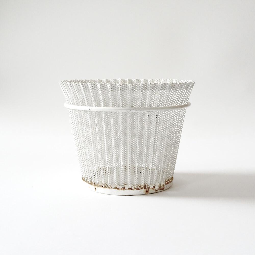 Mathieu Mategot / Planter / White