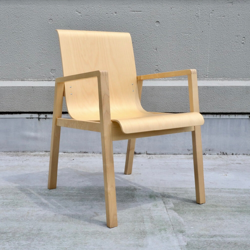 <img class='new_mark_img1' src='https://img.shop-pro.jp/img/new/icons7.gif' style='border:none;display:inline;margin:0px;padding:0px;width:auto;' />Alvar Aalto/ No.403 Hallway Chair / Natural