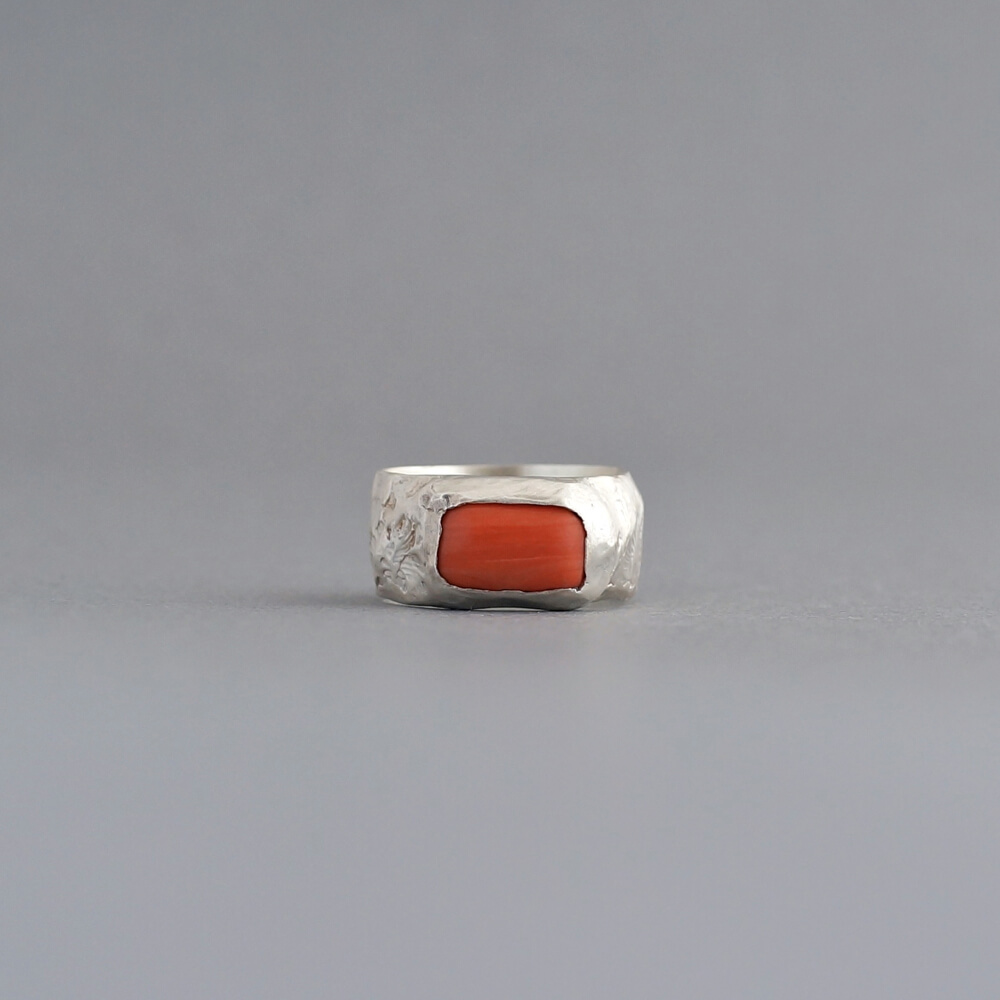 Melanie Decourcey/silver ring with rectangular coral