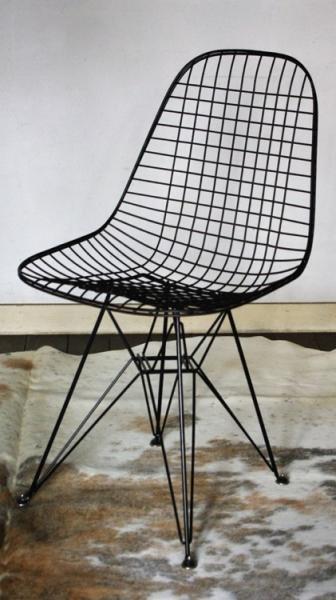 Charles & Ray Eames / DKR +Eiffel Base