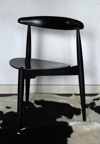 Hans J. Wegner / Dining Chair  No.4103_black