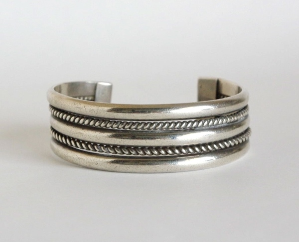 Navajo Vintage Bangle /A