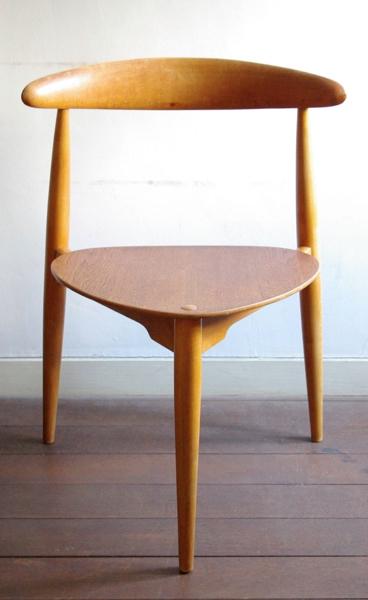 Hans J. Wegner / Dining Chair  No.4103