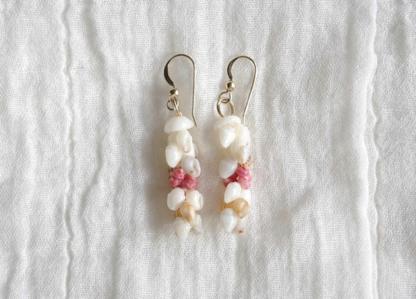"Niihau Shell Earrings ""Pikake"""