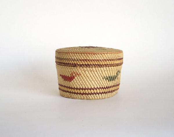 Makah Tribe/Basket(S)