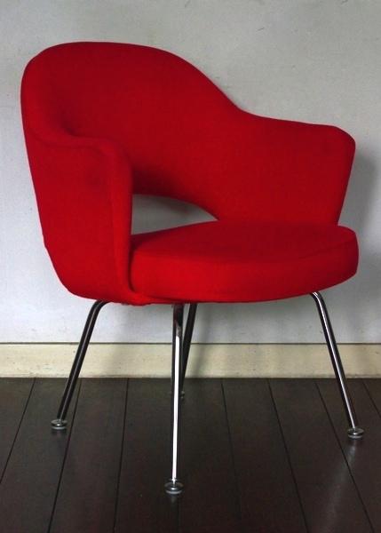 Eero Saarinen/Knoll/Executive Armchair/Red