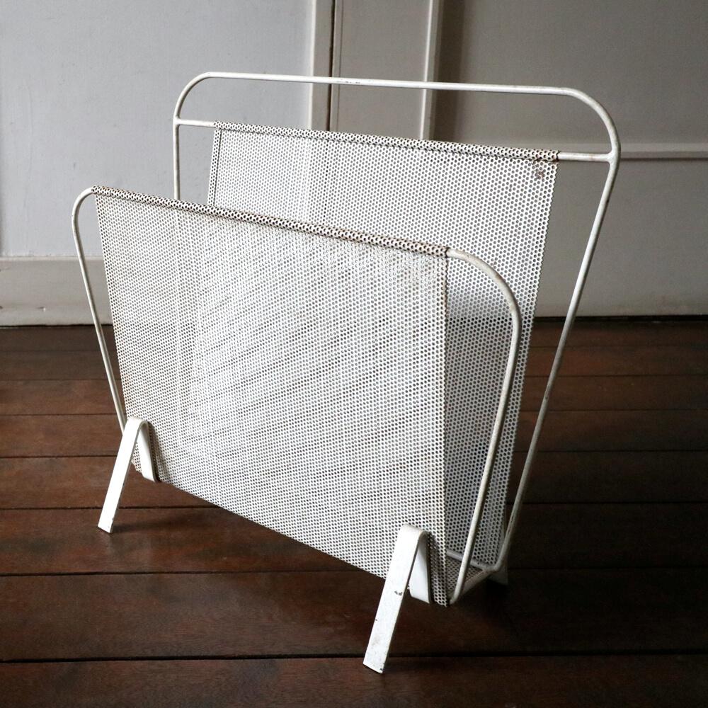 Mathieu Mategot / Magazine Rack (White)