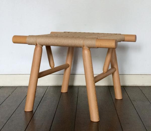 有吉祐人/Tanka stool