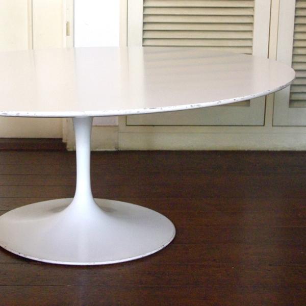 Eero Saarinen/ /Small Coffee table /Round/White