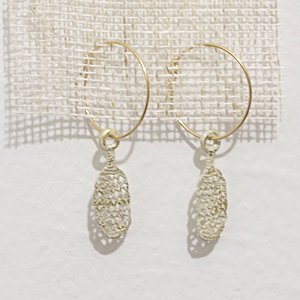 小原聖子 pierced earrings WHITE 14