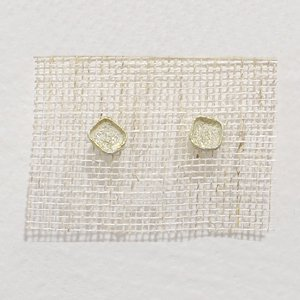 小原聖子 pierced earrings WHITE 15