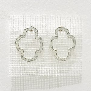 小原聖子 brooch WHITE 26