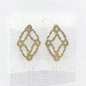 小原聖子 pierced earrings 28