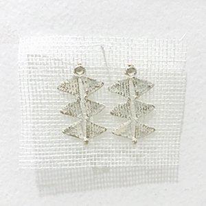 小原聖子 pierced earrings WHITE 19