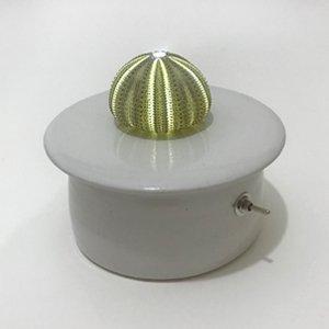 川村忠晴 陶器のライト ウニ 01