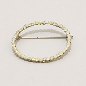 小原聖子 brooch WHITE 11
