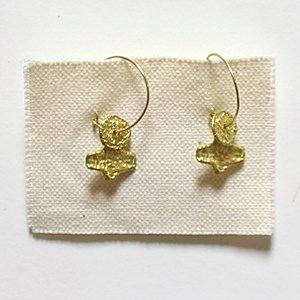 小原聖子 pierced earrings 19