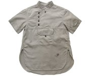 <img class='new_mark_img1' src='https://img.shop-pro.jp/img/new/icons7.gif' style='border:none;display:inline;margin:0px;padding:0px;width:auto;' />GRIS(グリ)/Desert Short Sleeve Shirts Beige