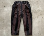 <img class='new_mark_img1' src='https://img.shop-pro.jp/img/new/icons7.gif' style='border:none;display:inline;margin:0px;padding:0px;width:auto;' />【予約販売】eLfinFolk(エルフィンフォルク)/Wide stripe tuck pants - charcoal x black