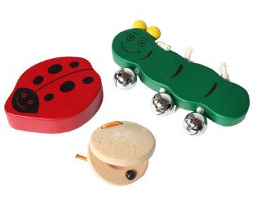 天然素材で作られた楽器のおもちゃ