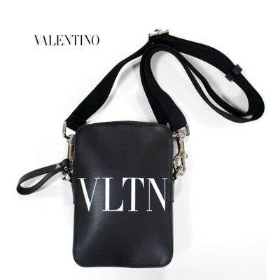 ヴァレンティノ(VALENTINO) メンズ 鞄 バッグ ロゴ ユニセックス可 スタッズ/VLTNロゴプリント付きレザーミニショルダーバッグ VY2B0943 WJW 0NI