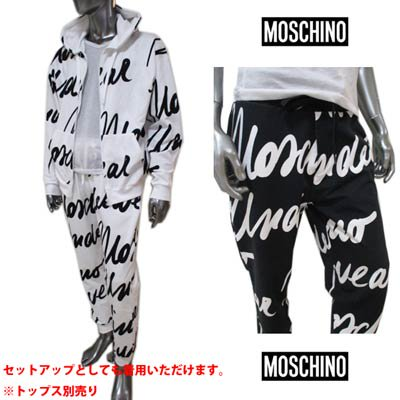<img class='new_mark_img1' src='https://img.shop-pro.jp/img/new/icons1.gif' style='border:none;display:inline;margin:0px;padding:0px;width:auto;' />モスキーノ MOSCHINO メンズ パンツ ボトムス ロゴ 2color セットアップ可(トップス別売り) 総柄筆記体ロゴプリント付スウェットパンツ A4310 8111 1001/1555
