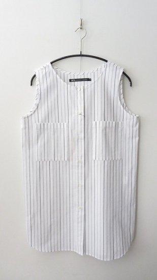 <img class='new_mark_img1' src='https://img.shop-pro.jp/img/new/icons6.gif' style='border:none;display:inline;margin:0px;padding:0px;width:auto;' />nicholson & nicholson 袖なしシャツ胸ポケット付き ストライプ (38のみ)