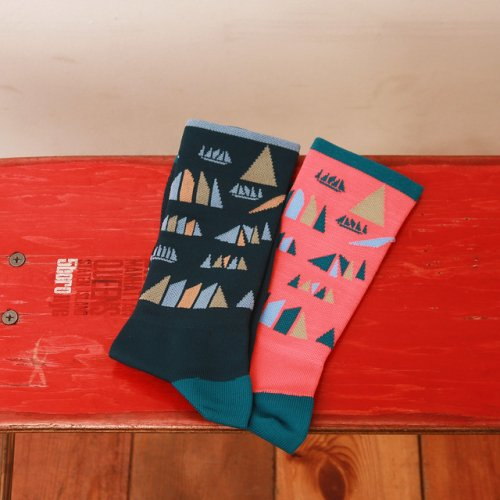The ATHLETIC Portland USA / Ride Tokyo Island Socks / Various colors