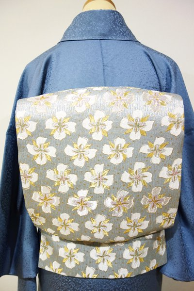 あおき【L-2244】袋帯 秘色色 白い花の図