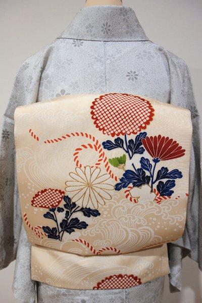 WEB限定【K-3675】塩瀬地 染名古屋帯 薄香色 波に菊の図