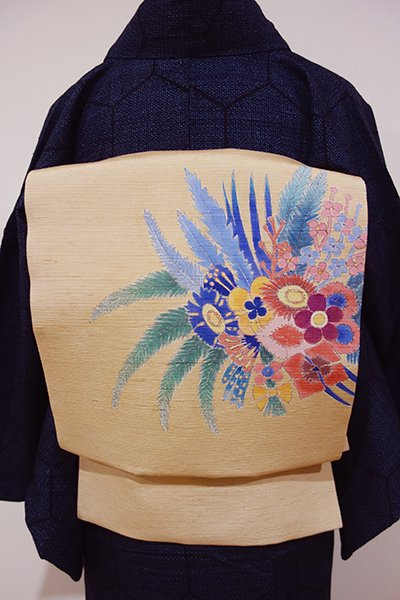 世田谷【K-4567】紬地 染名古屋帯 丁子色 花束の図