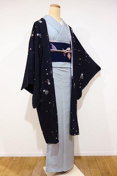 世田谷【E-753】羽織 黒色 撫子や楓など(しつけ付・新品)
