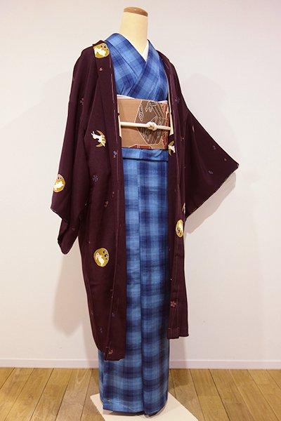 銀座【E-798】縮緬地 羽織 深い葡萄色 兎や桜の図(しつけ付)