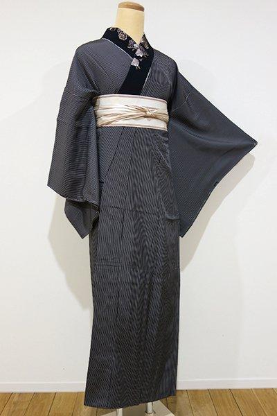 銀座【F-265】長襦袢 黒地細縞 刺繍半衿付き