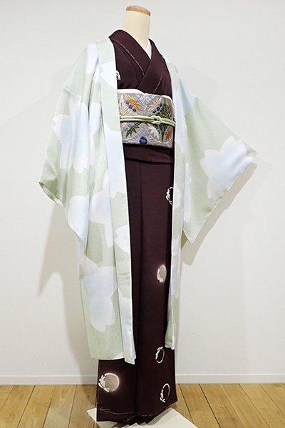 銀座【E-819】羽織 柳鼠色×月白色 おおらかな桜の図(しつけ付)