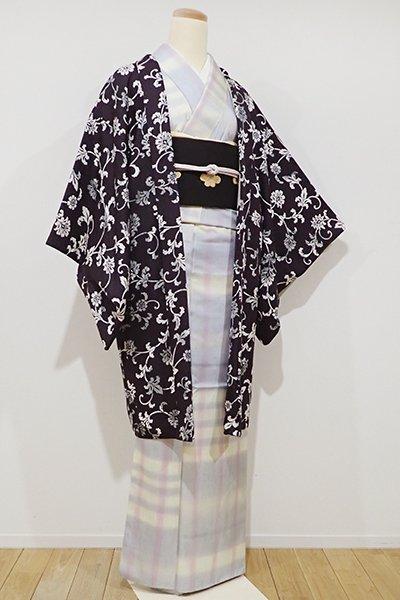 銀座【E-822】羽織 紫黒色 花唐草の図