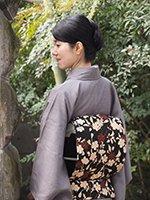 銀座【帯2466】浦野理一作 縮緬地染名古屋帯 黒色 桜の図
