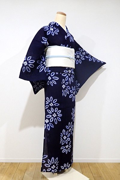 WEB限定【D-1907】トールサイズ←ユッタリ→ 小千谷縮 絞り染め 小紋 濃藍色 おおらかな花の図