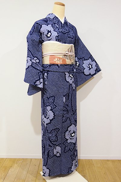 あおき【D-1915】絞り染め 浴衣 留紺色 牡丹の図