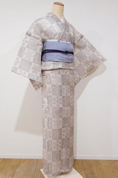 世田谷【D-1942】絹紅梅 小紋 白橡色濃淡 市松に雪花文