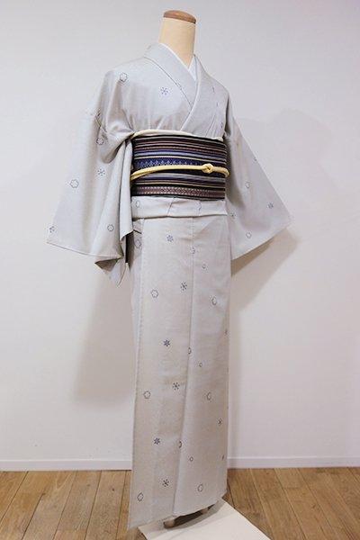 WEB限定【A-2463】単衣 縫取御召 絹鼠色 雪花文