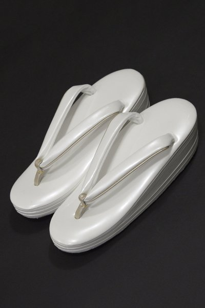 銀座【G-1018-2】ウェーブ草履 白色×薄卵色 Sサイズ(新品・未使用)