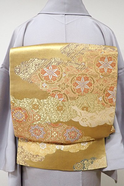 WEB限定【L-3822】袋帯 金色 雲取りに有職文など