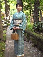 【着物2273】国画会会員 ルバース・ミヤヒラ吟子作 琉球古代織 花織 着物 (落款・端布付)