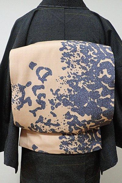あおき【L-3957】大久保玄才 紬地 染洒落袋帯 薄香色 抽象文(落款入)