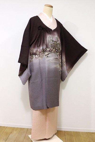 銀座【E-903】絵羽 和装コート 黒鳶色×桔梗鼠色 教会のある風景