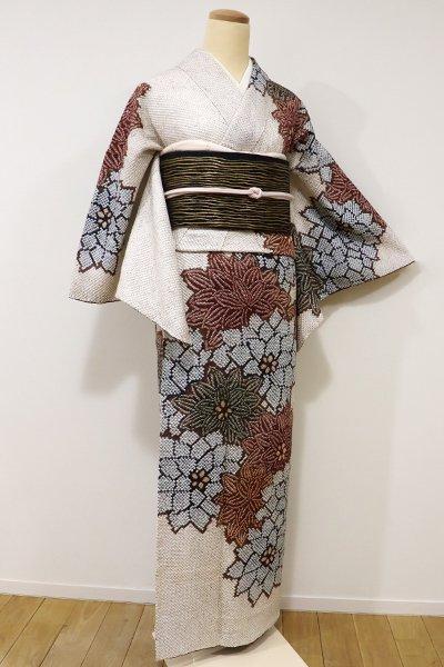 銀座【B-1979】→ホッソリ←繍一ッ紋 総絞り 訪問着 素色×茶色系 菊の図(しつけ付)